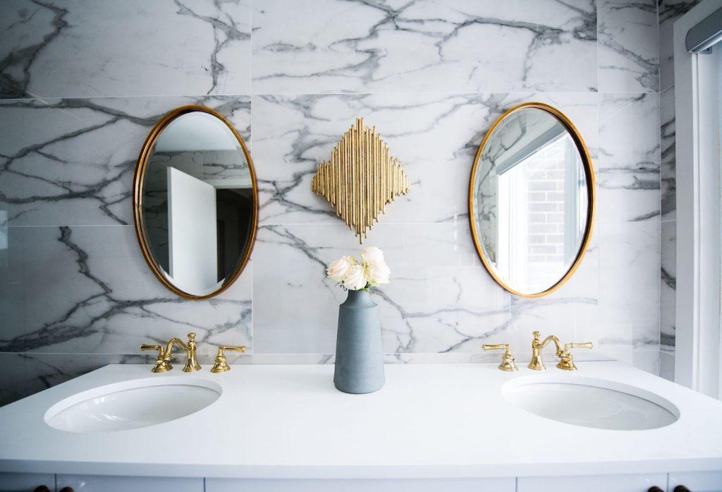 4 Natural Stone Bathroom Design Ideas
